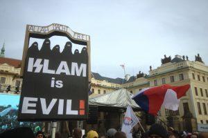 Protestos contra os imigrantes em Praga, na Rep. Checa